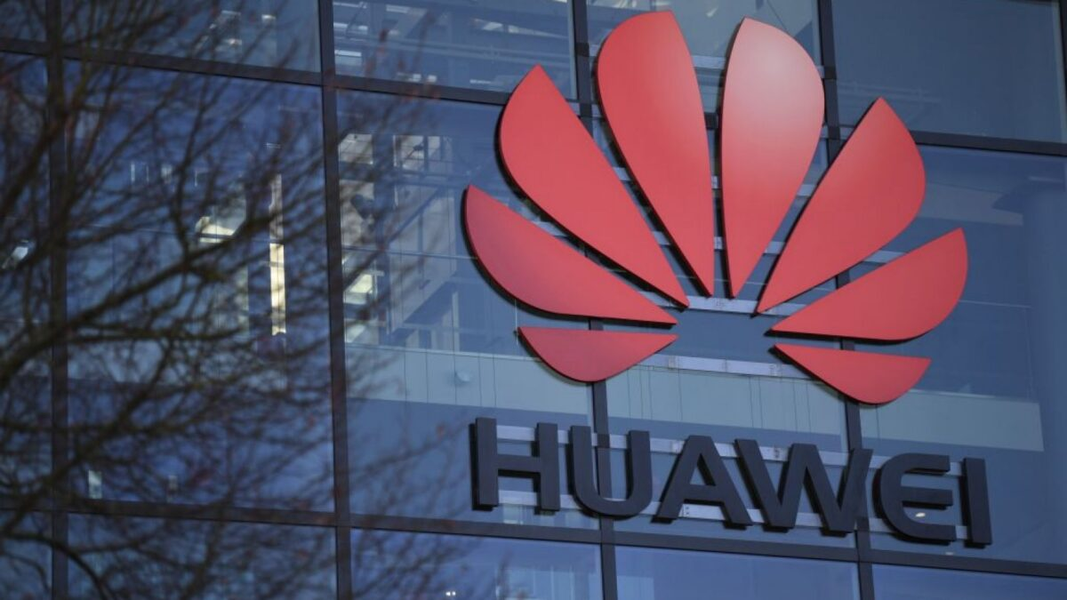 Huawei bags two EISA awards for 'Best Smartphone Camera' and 'Best Smartwatch'