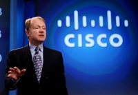 Cisco CEO Chambers steps down