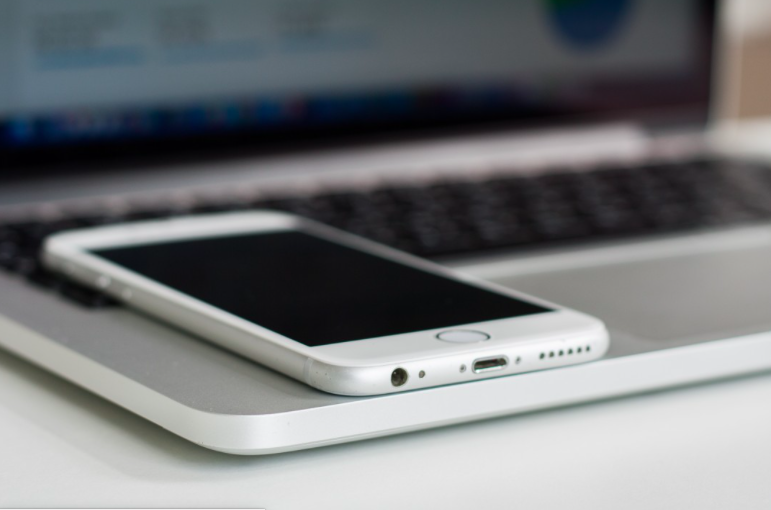 Six reasons businesses should embrace information mobility